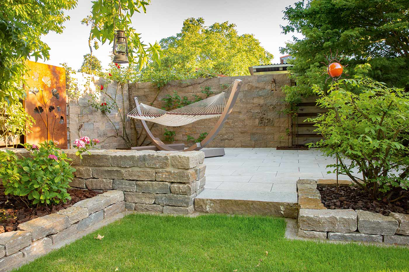 Romantischer Garten Hängematte Umgebung